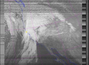 NOAA 18 southbound 49E at 17 Feb 2016 13:48:28 GMT on 137.9125MHz, contrast enhancement, Normal projection, Channel A: 3/3B (mid infrared), Channel B: 4 (thermal infrared)